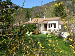 location maison castellane